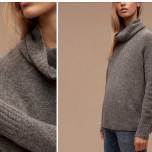 Aritzia Community Plutarch Sweater Size Small